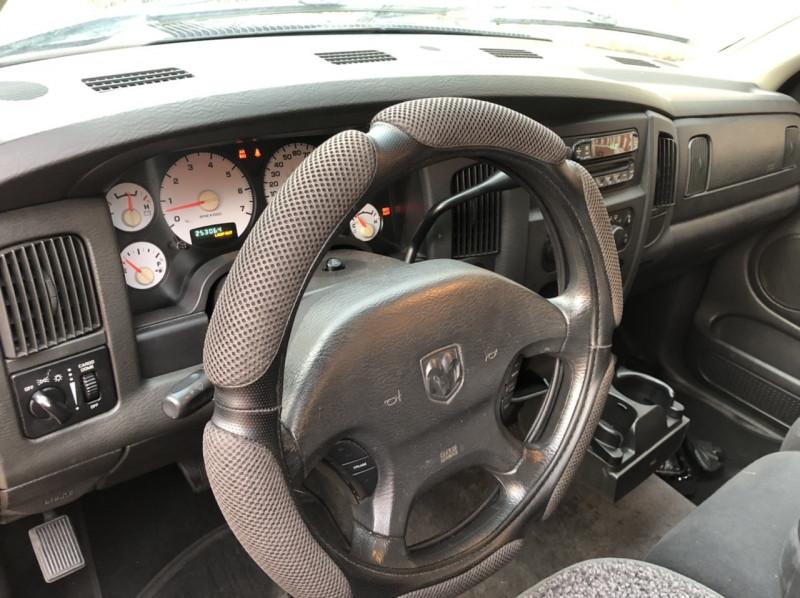 Dodge Ram 1500 2003 price $5,998