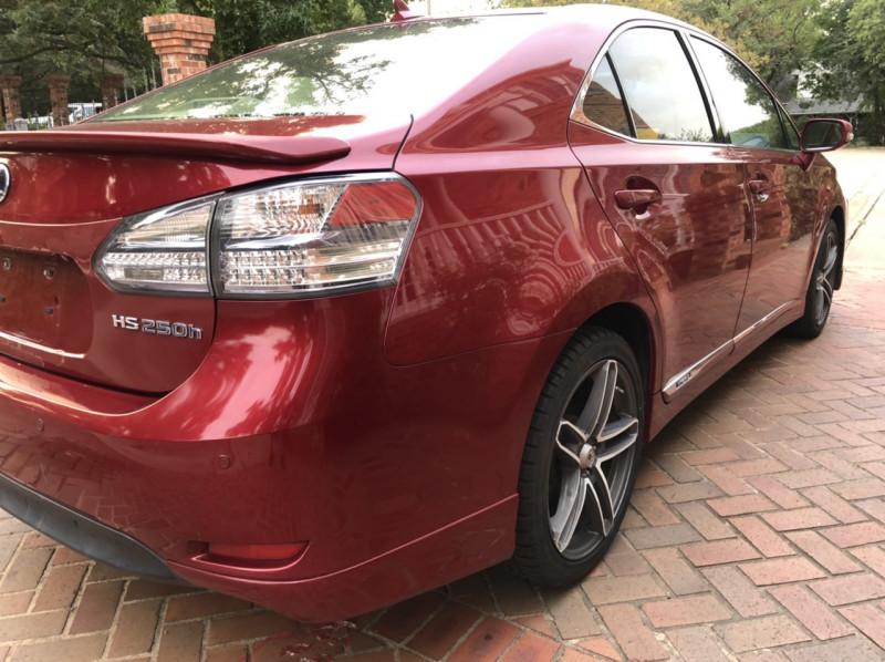 Lexus HS 250h 2010 price $5,498