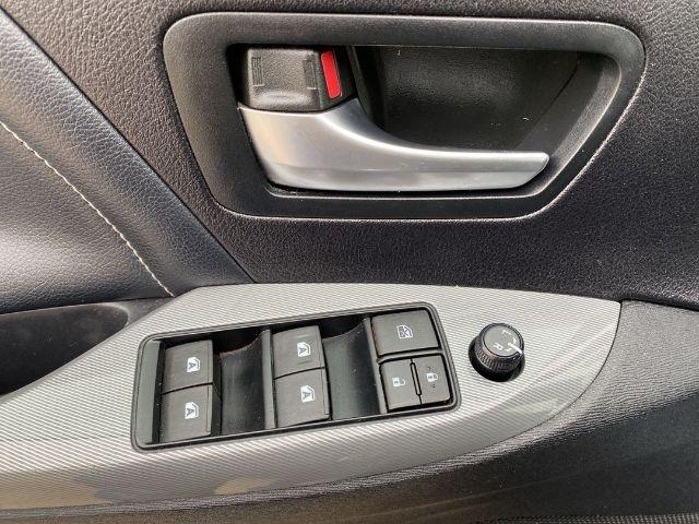 Toyota Sienna 2015 price $22,288