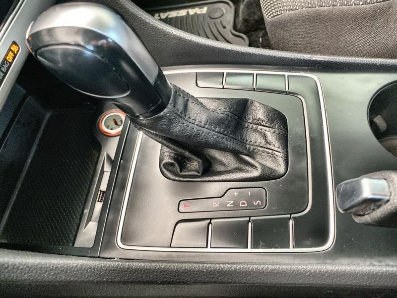 Volkswagen Passat 2017 price $16,488