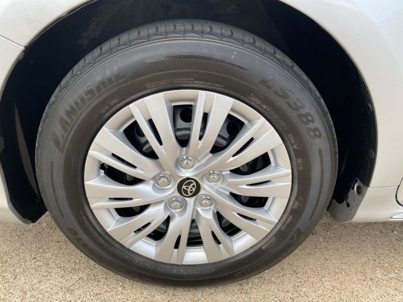 Toyota Camry 2014 price $14,488