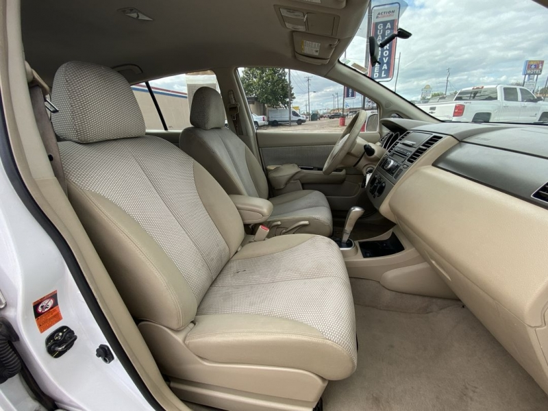 Nissan Versa 2009 price $5,388