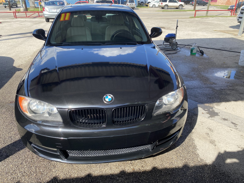 BMW 1-Series 2011 price $11,995