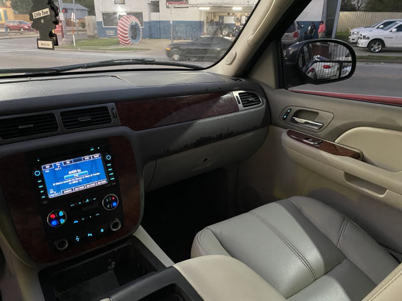 Chevrolet Suburban 2007 price $7,500