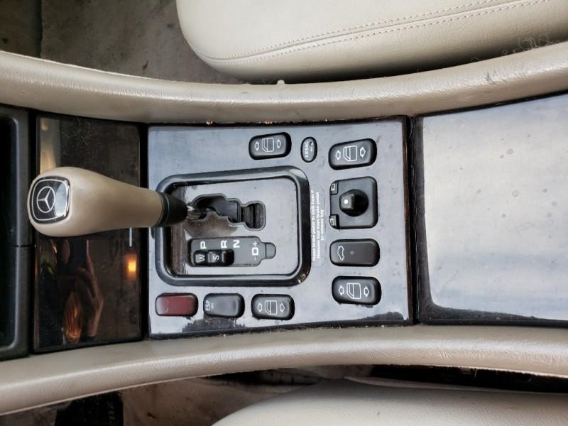 Mercedes-Benz CLK-Class 2000 price $3,900