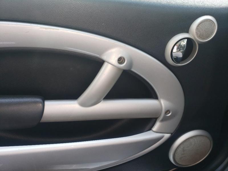 Mini Cooper Hardtop 2003 price $3,900