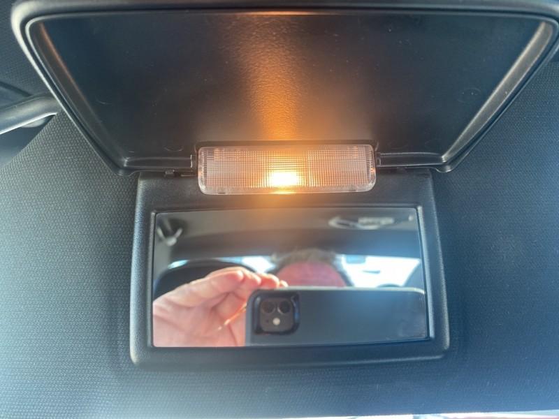 CHRYSLER 200 2012 price $10,495