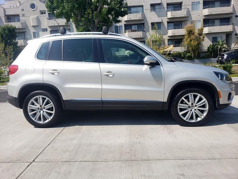 Volkswagen Tiguan 2012 price $9,970