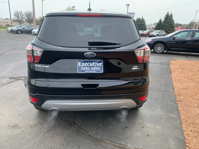 Ford Escape 2017 price $15,990