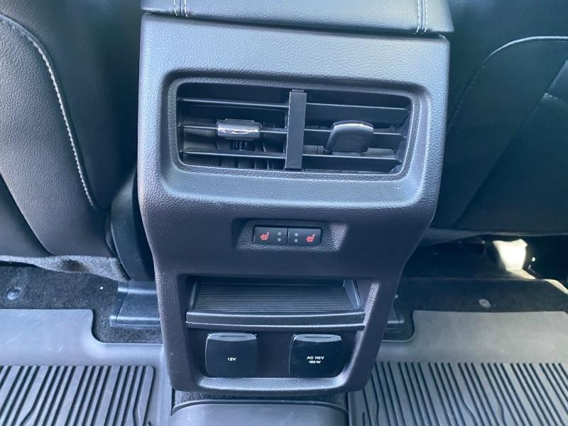 Ford Edge 2017 price $29,875