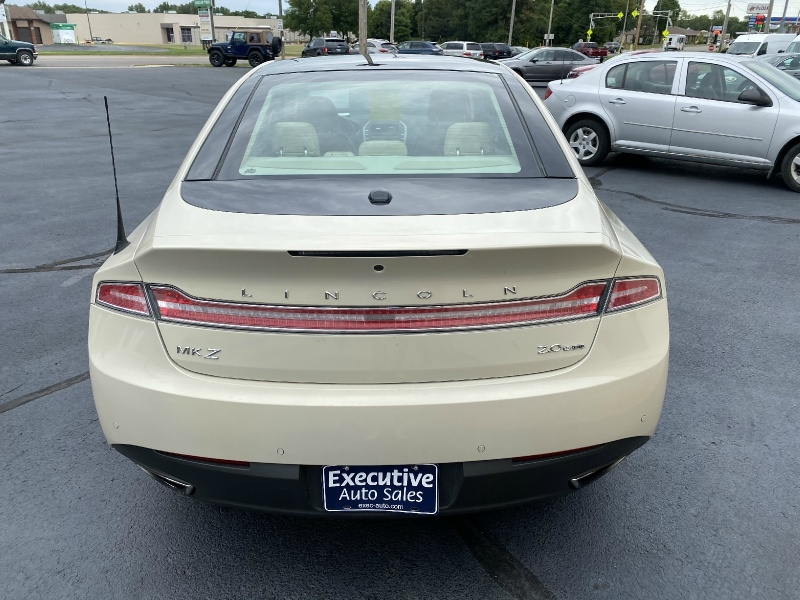 Lincoln MKZ 2014 price $14,990