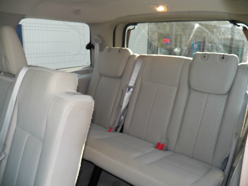 Ford Expedition 2014 price $14,990
