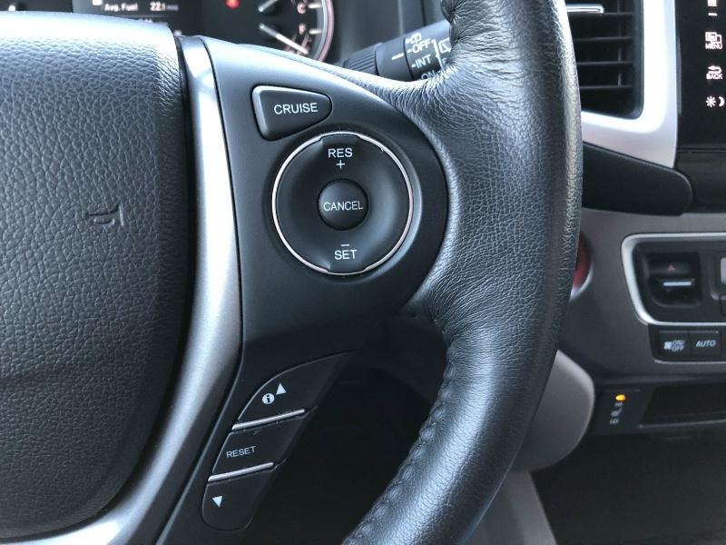 Honda Pilot 2017 price $27,490