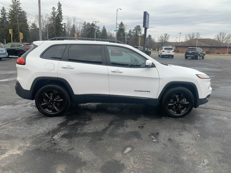 Jeep Cherokee 2018 price $23,990