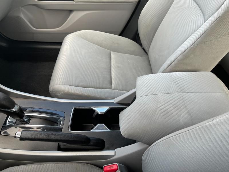 Honda Accord Sedan 2015 price $10,990