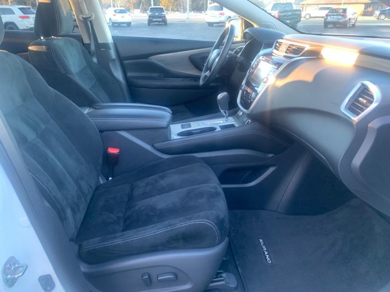 Nissan Murano 2018 price $23,990