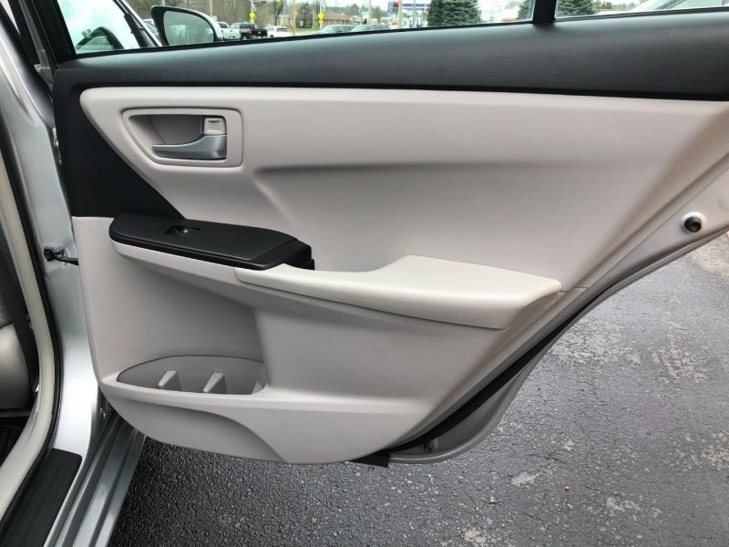 Toyota Camry 2017 price $17,990