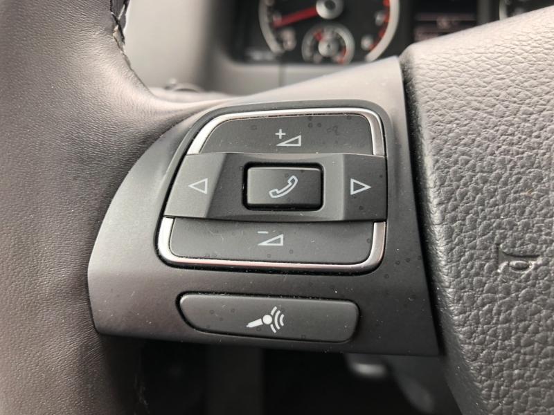 Volkswagen Tiguan 2017 price $17,990