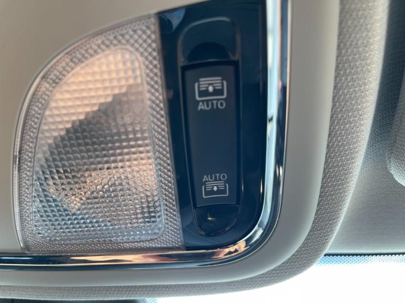 Jeep Cherokee 2019 price $28,990