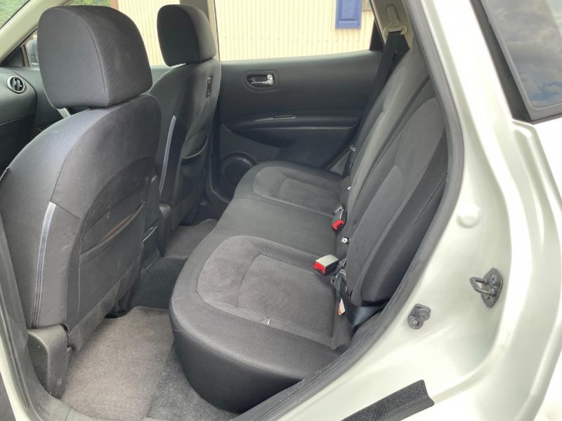 Nissan Rogue 2011 price $7,990