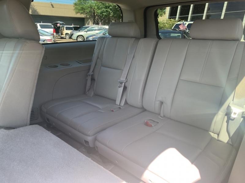 CHEVROLET SUBURBAN 2014 price $17,900