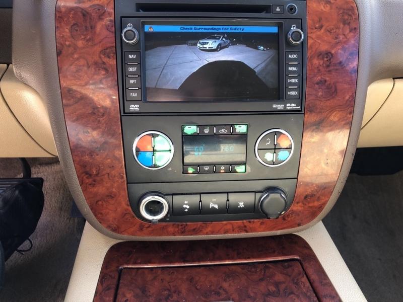 CHEVROLET SUBURBAN 2010 price $17,900