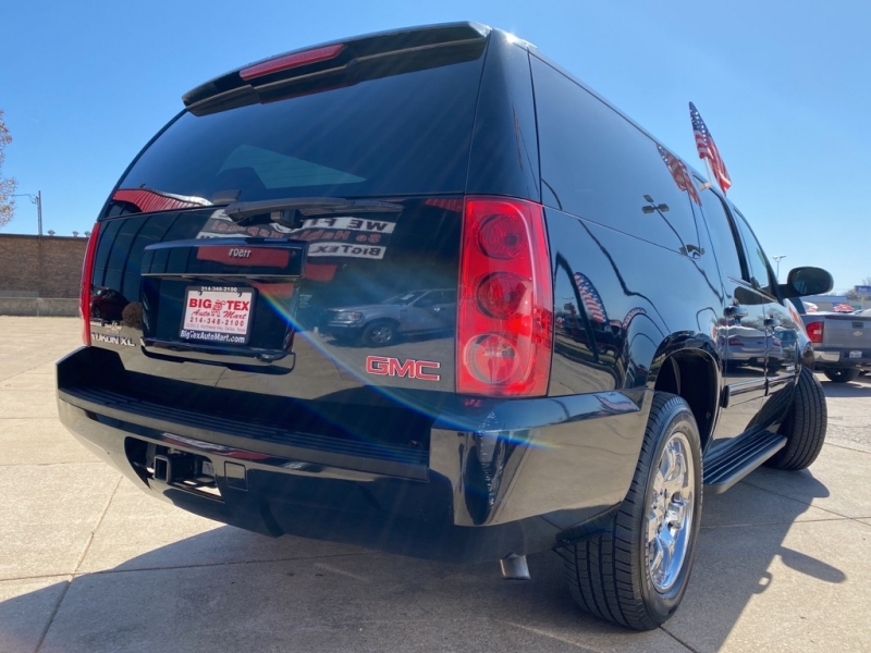GMC YUKON XL 2011 price $17,900