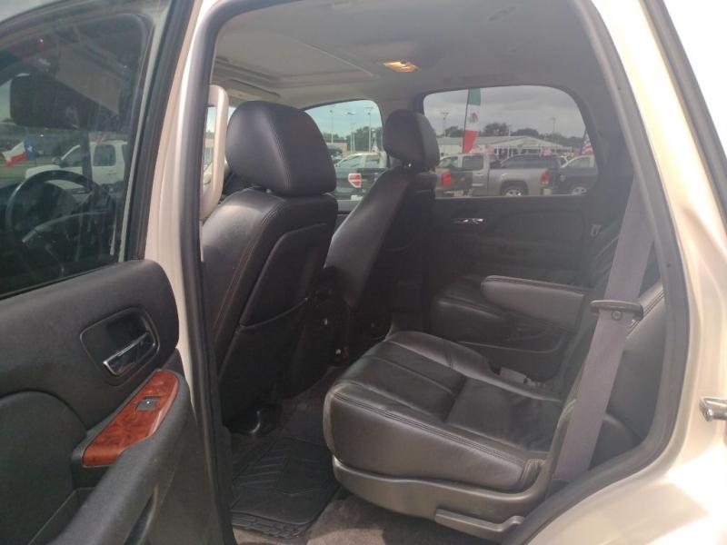 GMC YUKON 2011 price $20,900