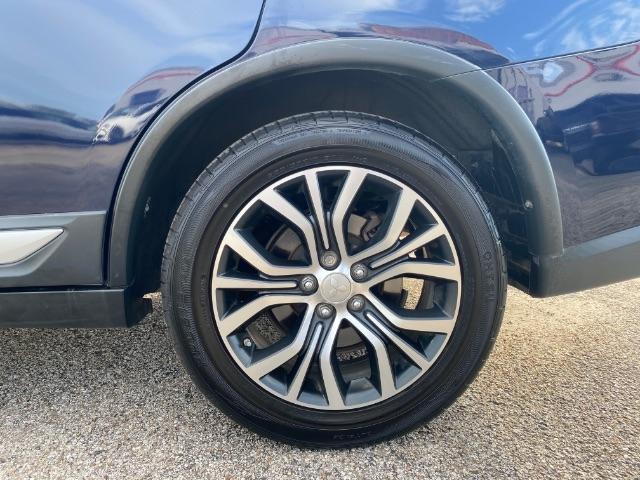 Mitsubishi Outlander 2017 price $4,000