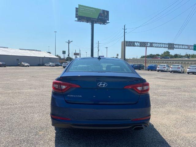 Hyundai Sonata 2016 price $4,000