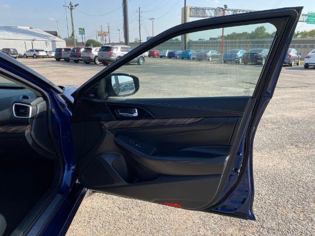 Nissan Maxima 2017 price $3,000