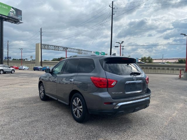Nissan Pathfinder 2019 price $3,000