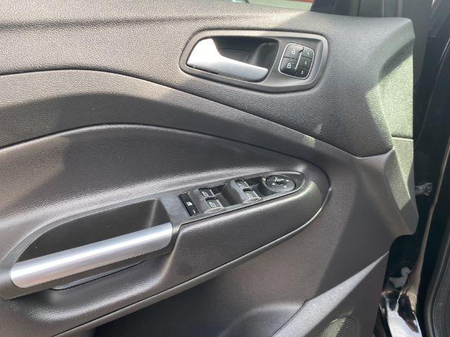 Ford Escape 2017 price $2,800