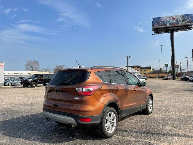 Ford Escape 2017 price $2,500