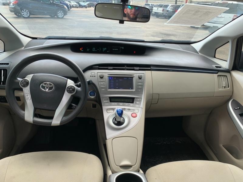Toyota Prius 2014 price $1,190 Down