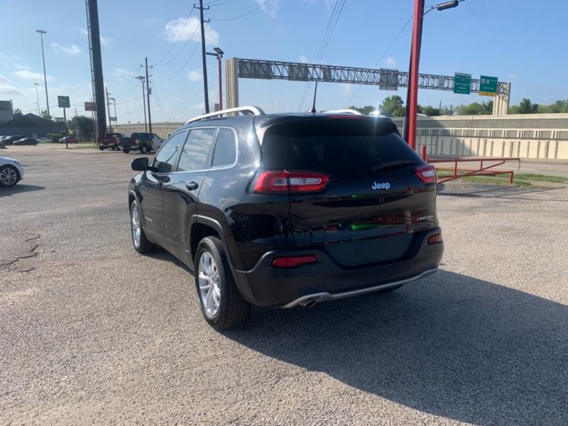 Jeep Cherokee 2017 price $2,490 Down