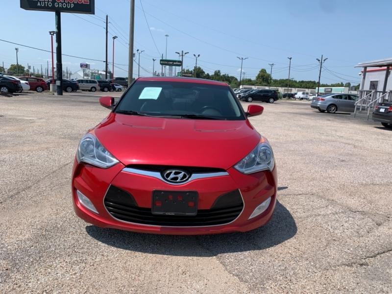 Hyundai Veloster 2013 price $990 Down