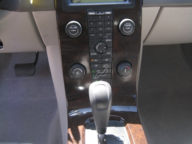 Volvo S40 2007 price $4,695 Cash