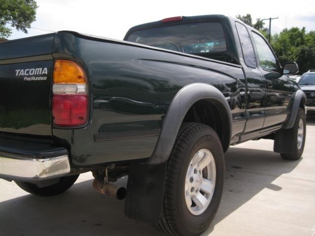 Toyota Tacoma 2001 price $6,995 Cash
