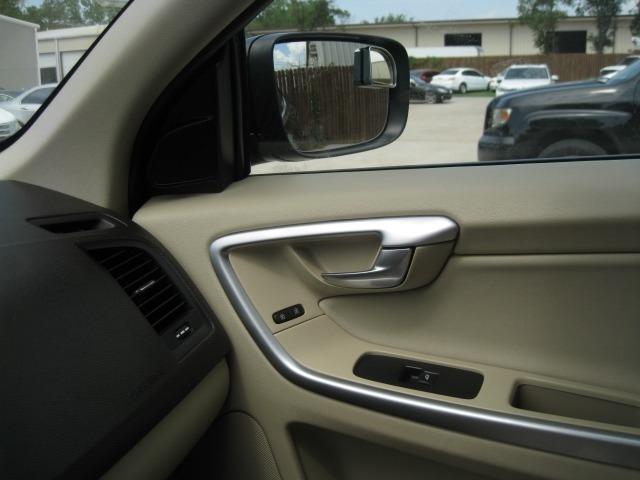 Volvo XC60 2011 price $7,695 Cash