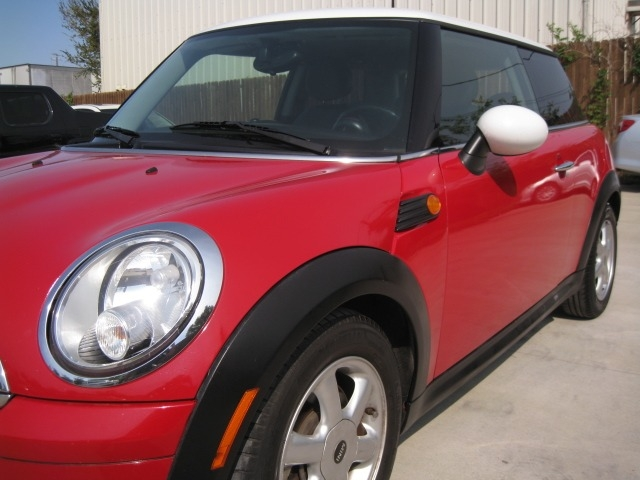 Mini Cooper Hardtop 2009 price $4,995 Cash