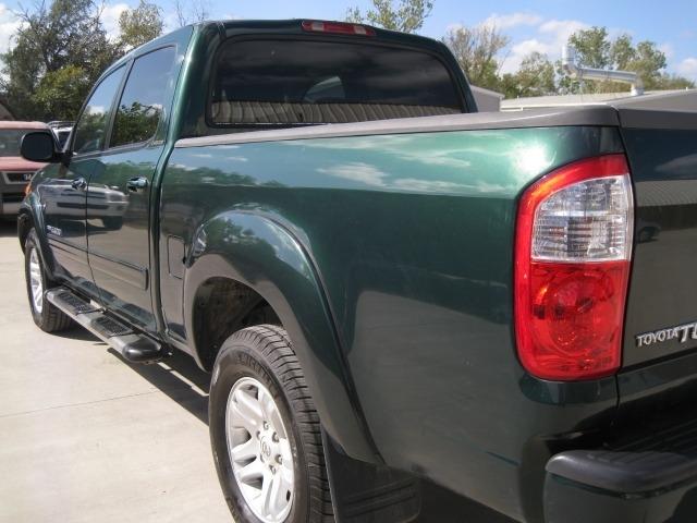 Toyota Tundra 2004 price $6,995 Cash