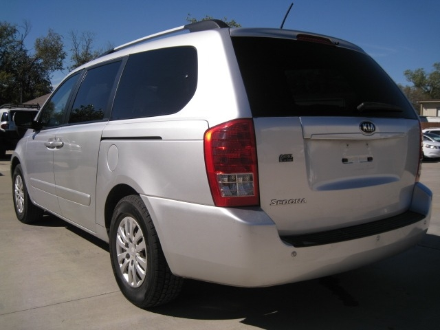 Kia Sedona 2014 price $6,995 Cash