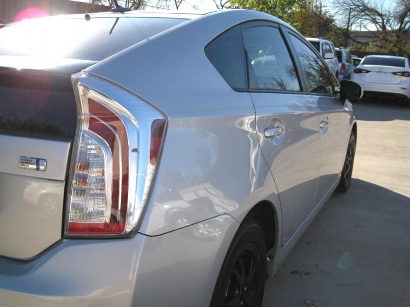 Toyota Prius 2014 price $7,995 Cash