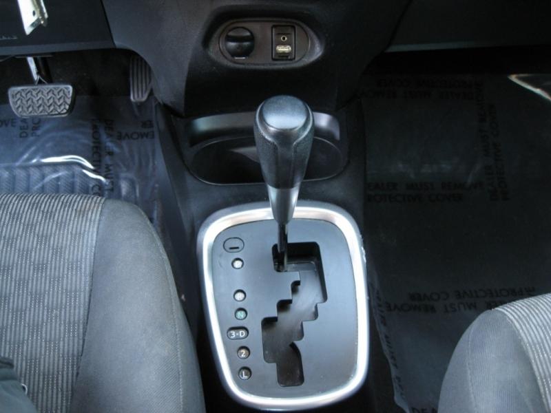 Toyota Yaris 2015 price $7,695 Cash