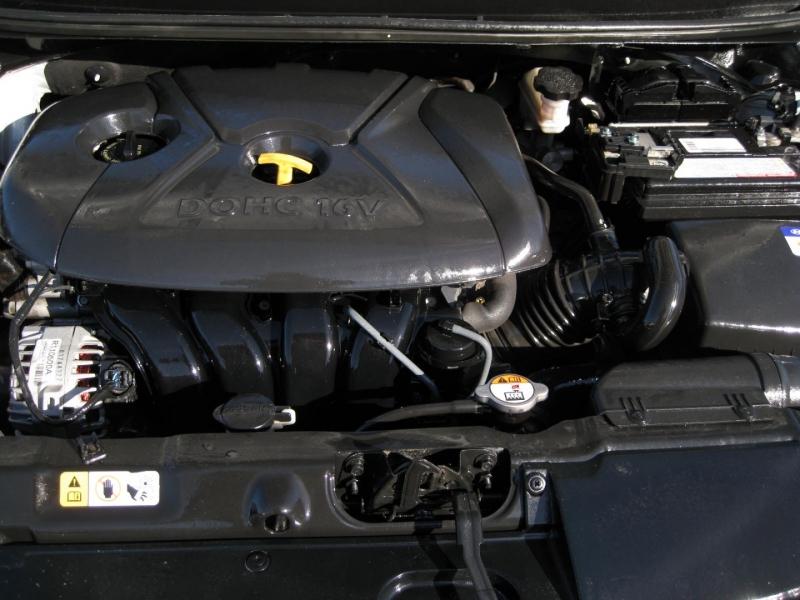 Hyundai Elantra 2013 price $5,695 Cash