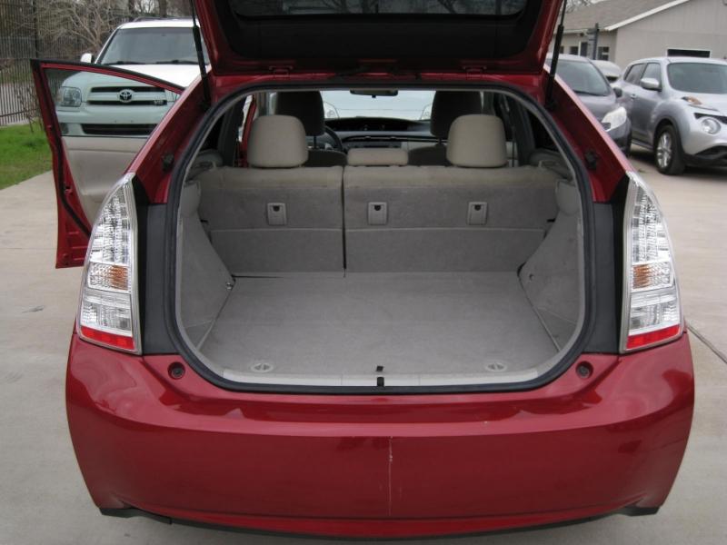 Toyota Prius 2010 price $7,995 Cash