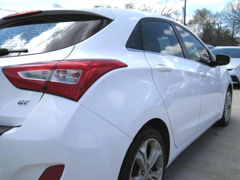 Hyundai Elantra 2014 price $6,295 Cash