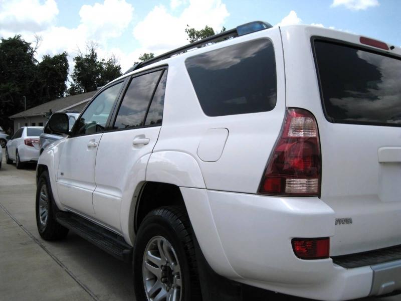 Toyota 4Runner 2004 price $5,995 Cash