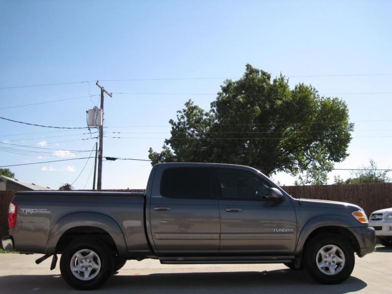 Toyota Tundra 2004 price $8,995 Cash